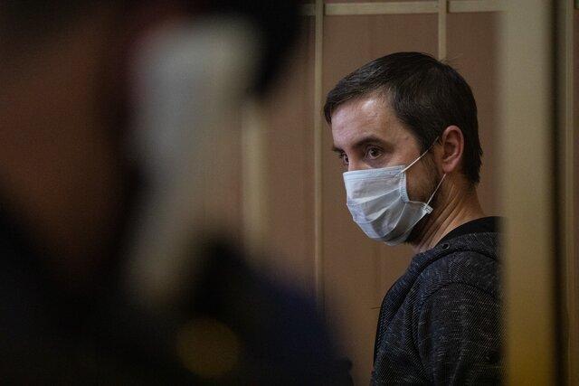 Отец семерых детей Андрей Ломов толкнул росгвардейцев на митинге за Навального  и подорвал их авторитет перед лицом общества. Ему дали условный срок.