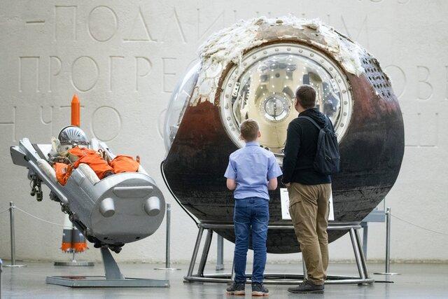 Кто побеждает в космической гонке через 60 лет после полета Гагарина Военный политолог Павел Лузин отвечает на вопросы о политике в космосе (и расска