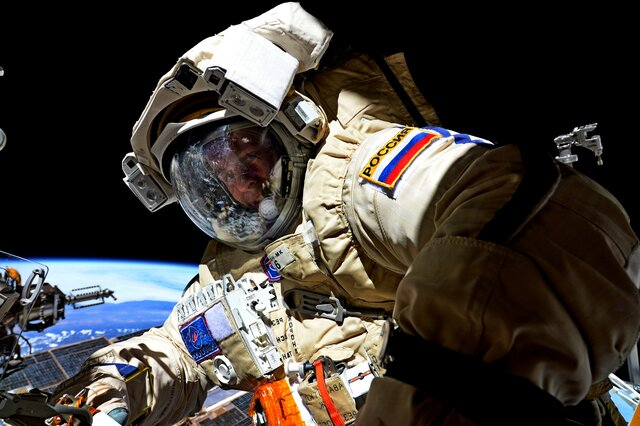 Высадка человека на Марс  логичный следующий шаг. Что чувствует человек, впервые попавший в космос, и почему людей тянет к звездам Мы спросили об это