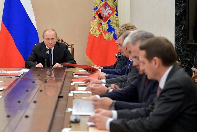 Путин назначил членом научного совета при Совбезе сотрудника ГРУ, которого США и Эстония обвиняли в распространении фейков о ковиде. Короткое расслед