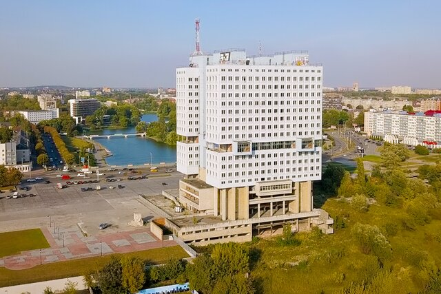 Власти Калининграда показали, что будет наместе знаменитого Дома Советов. 100-метровая башня издание правительства области. Как это будет выглядеть