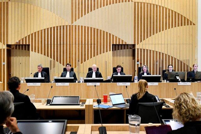 На суде по делу MH17 прослушали записи переговоров обвиняемых. Они обсуждали передвижения Бука в день крушения самолета