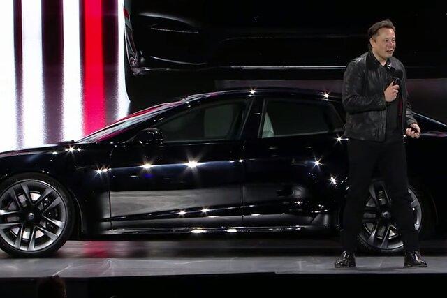 Быстрее Porsche и безопаснее Volvo. Илон Маск показал новую Tesla  самый быстрый электромобиль в истории компании