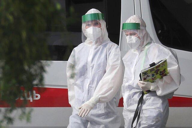 Москва снова бьет рекорды по числу новых случаев коронавируса. Вот как на это реагируют власти. Среди привившихся начнут разыгрывать машины