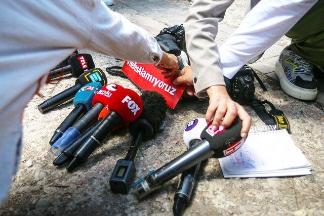 Пять лет назад в Турции начали сотнями арестовывать журналистов  после очередной неудавшейся попытки военного переворота. В России со свободой слова