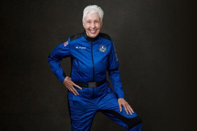 Я хотела бы полететь снова. И побыстрее!. Летчица Уолли Фанк 60 лет мечтала о космосе  и, наконец, побывала там. Вот что она сказала после возвращени