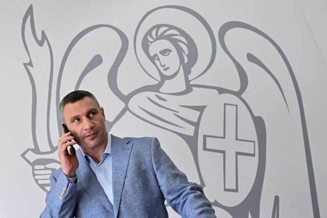 Главный противник Владимира Зеленского внутри Украины прямо сейчас  мэр Киева Виталий Кличко. Почему они враждуют  и чем это закончится для обоих