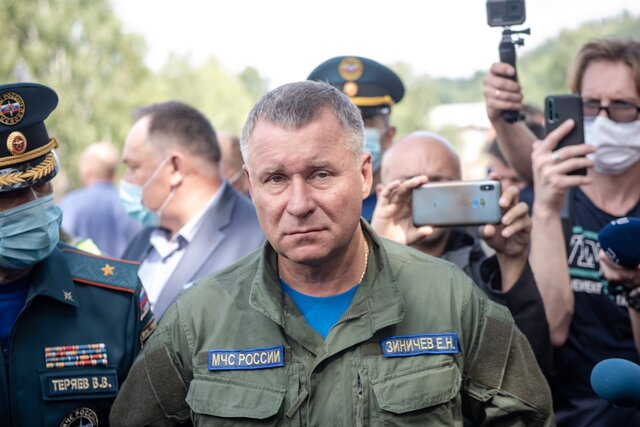 Секретный губернатор. Секретный министр. Медуза рассказывает биографию Евгения Зиничева, который всю жизнь пытался избежать публичности, но вынужден