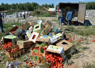 Sanctions foodstuff confiscated in the Smolensk Region after being smuggled into Russia through Belarus in June 2015.