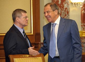 Left to right: Attorney General Yury Chaika and Foreign Minister Sergey Lavrov