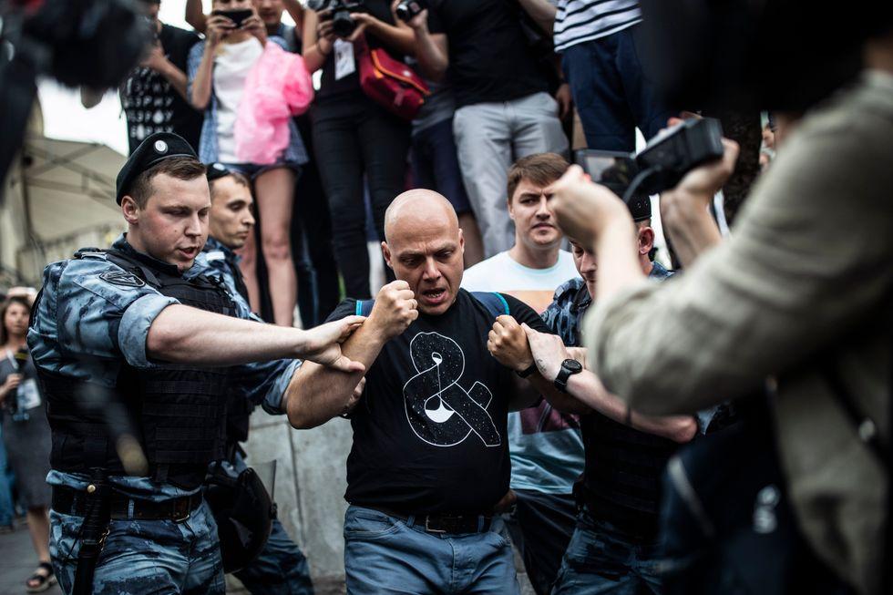 Задержание Виктора Горбатова. 12июня 2019 года